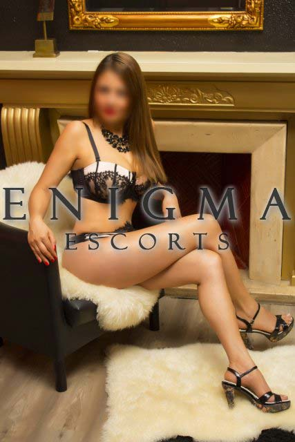 Escort Madura Colombiana en Madrid de Enigma Escords