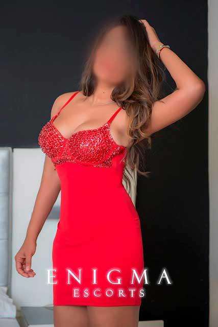 escort-morena-latina-sexy
