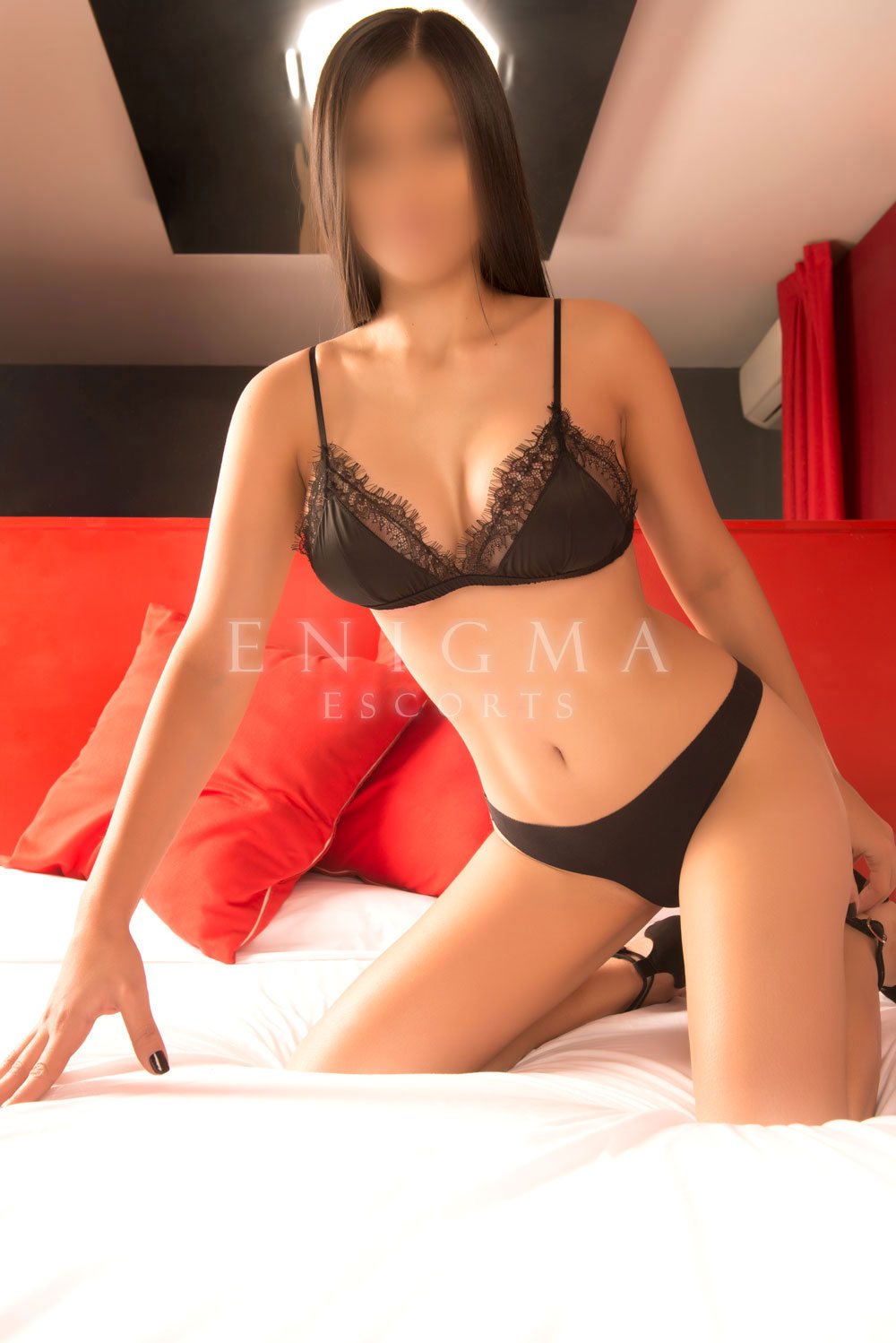 escort-venezolana-madrid-domicilios
